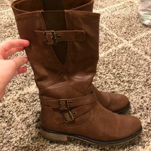 Shoes - Baretrap boots